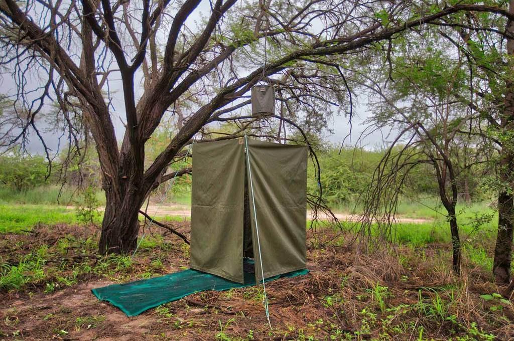 Mobile camping bush shower